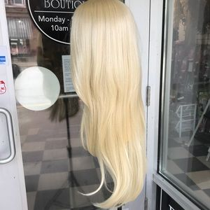 Accessories - Wig blonde 613 Long 30+ Inch Long Layers Lacefront